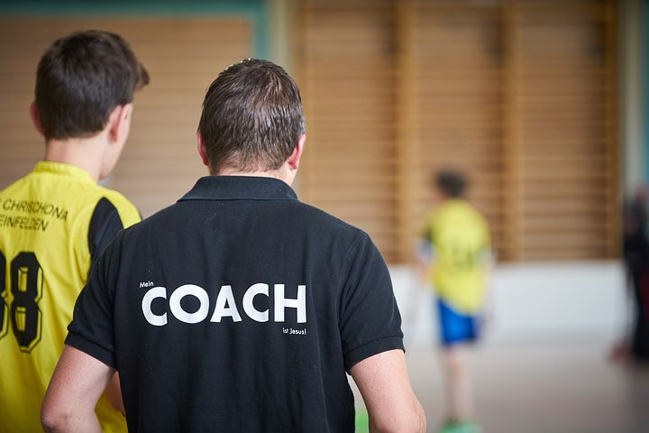 træner